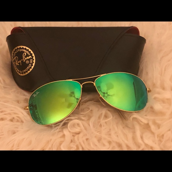 2794ab6f5739f Ray Ban Aviator Flash Lenses. M 5c3a507145c8b3a89267a91e